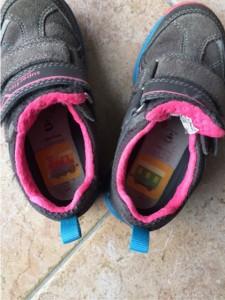 Laufkleber in den Schuhen