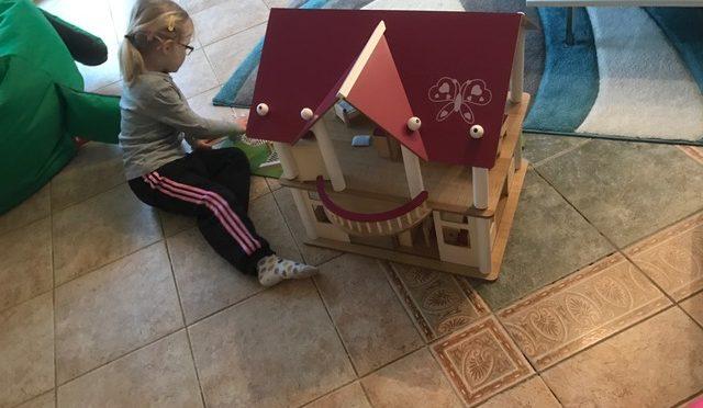 Puppenhaus-Test: Eichhorn Villa