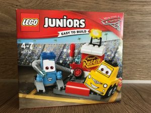 LEGO Juniors, smokeys garage, LEGO Juniors cars 3, LEGO Juniors cars 3 evolution, Lightning McQueen, Cruz ramirez, jack storm,
