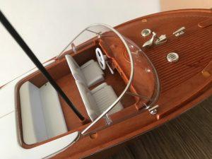 RC Bella Luisa, ferngesteuertes Rivaboot,