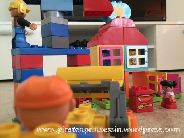 Lego Spielhaus trifft auf Lego Baustelle