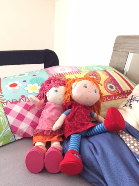 Lilli und Mette sind beim Einschlafen dabei