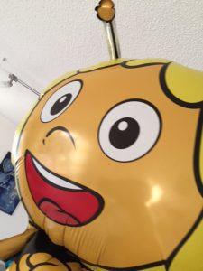 Durfte auch noch mit nach Hause - die kleine freche Biene Maja.