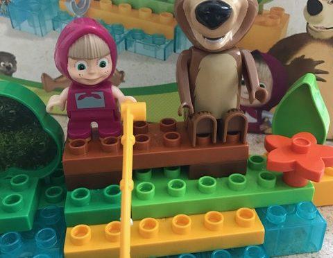 """Die Alternative: PlayBIG Bloxx Masha und der Bär """"Go Fishing"""" im Test"""